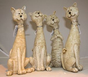 Resin Leather Look Figurine Cats in 4 Styles